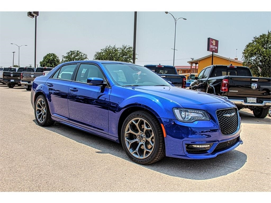 Chrysler 300 S >> New 2018 Chrysler 300s
